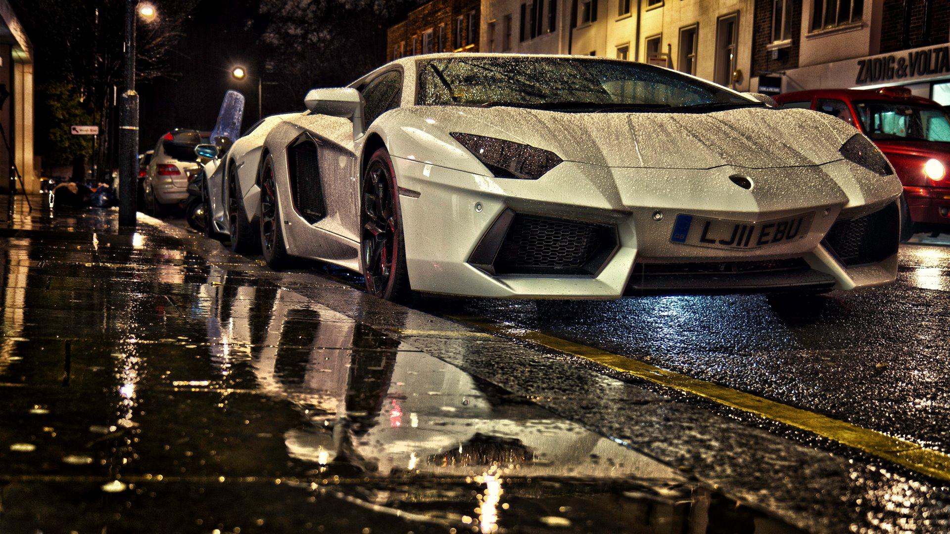 Supercar-Lamborghini-Wallpaper-for-dekstop-free-download