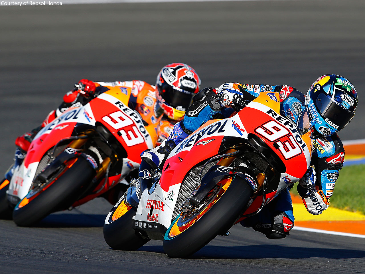 motogp-racing-wallpaper-background-hd-03