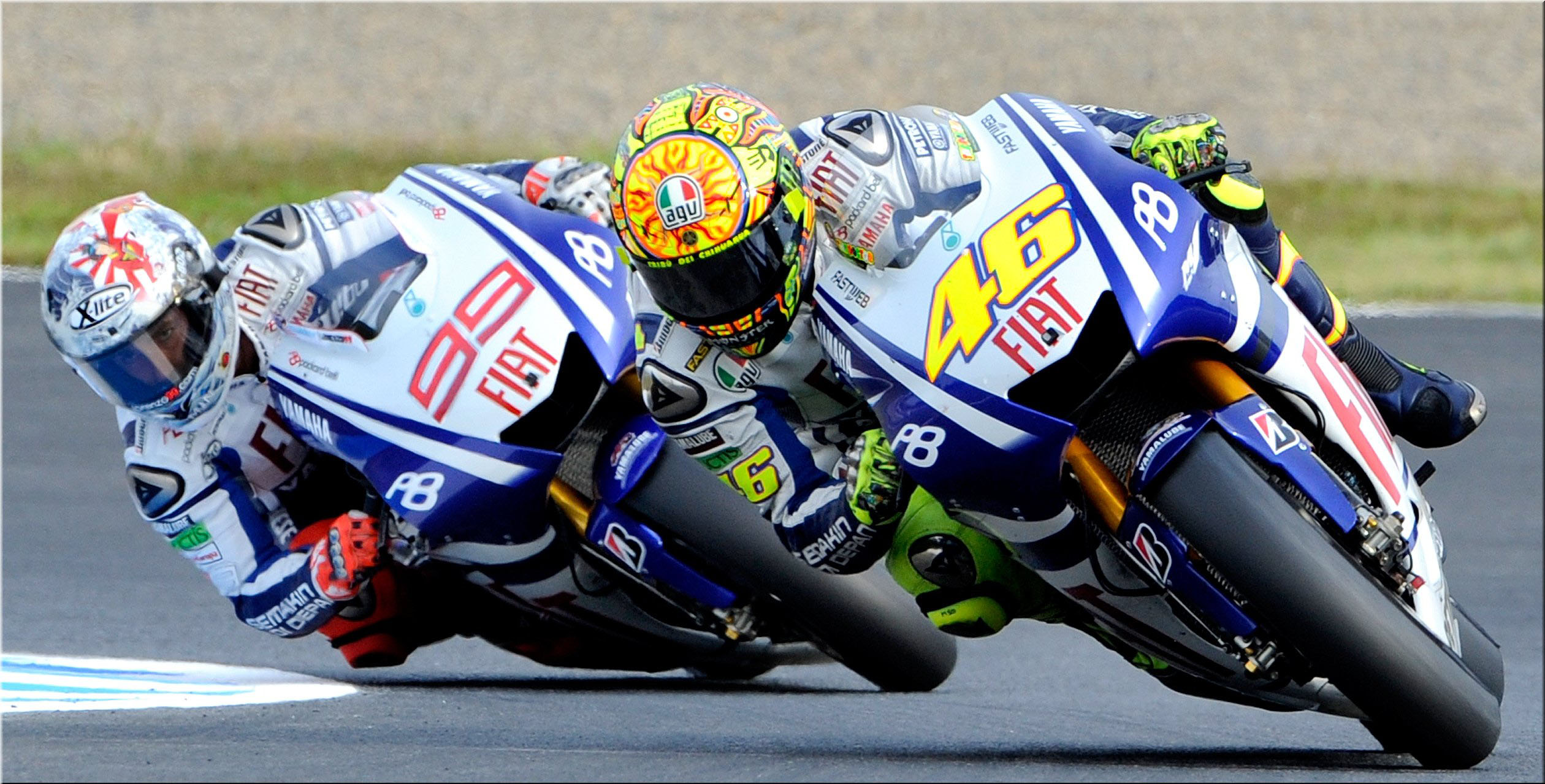 motogp-racing-wallpaper-background-hd-12